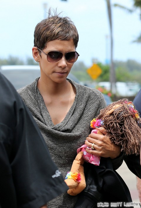 Halle Berry Calls Second Pregnancy Biggest Surprise Of Her Life, Never Heard Of Birth Control?