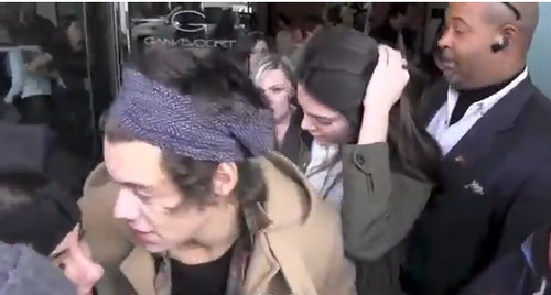 Kendall Jenner and Harry Styles Caught Leaving Ganesvoort Hotel in New York City Together After Hot Steamy Sleepover (PHOTOS - VIDEO)
