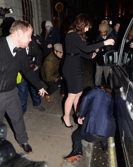 Harry Styles Partying and Hooking Up With Sexy Brunette Alexandra Roach - Taylor Swift Left in the Dust!