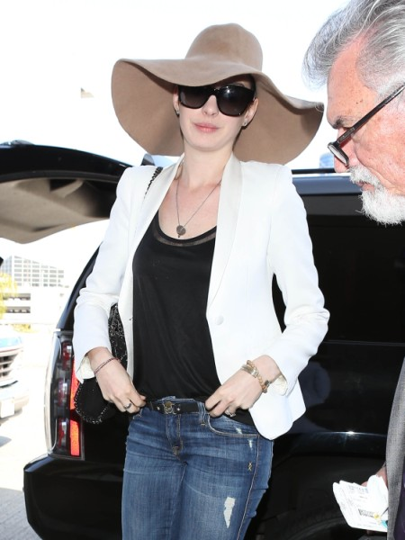 Anne Hathaway's Hatha-Haters Ruining Her Life, Driving Her To Seek Help And Find Harmony 0402