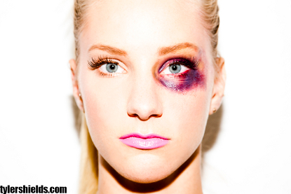 Tyler Shields CONTROVERSIAL New Photo Shoot With Heather Morris