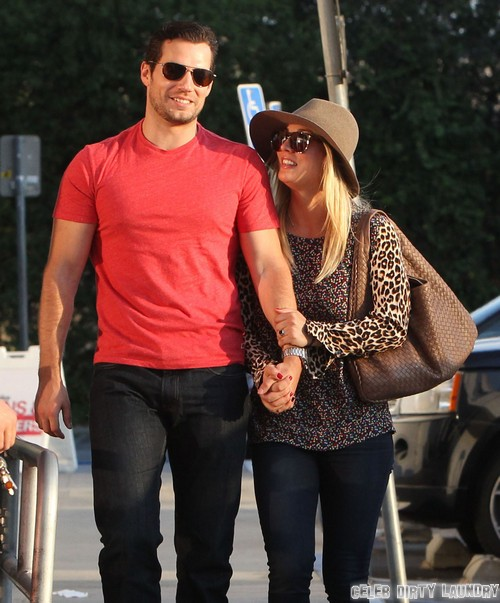 Photos of Henry Cavill and Kaley Cuoco Playing House - Shopping and In Love!