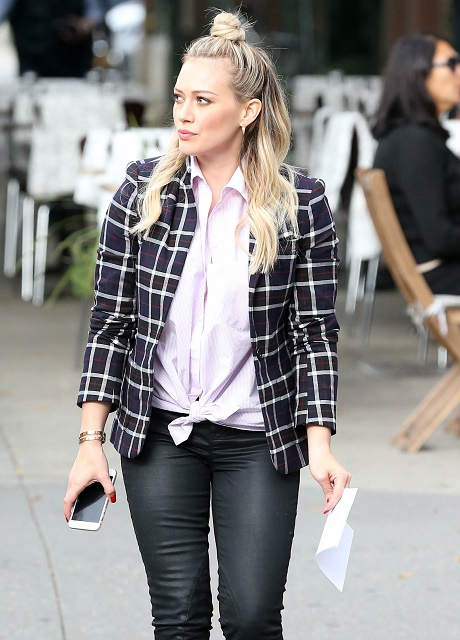 Hilary Duff Dishes On Her Love Life - Tells Aaron Carter To Move On, Insists Mike Comrie Relationship Over Despite Constant PDA!