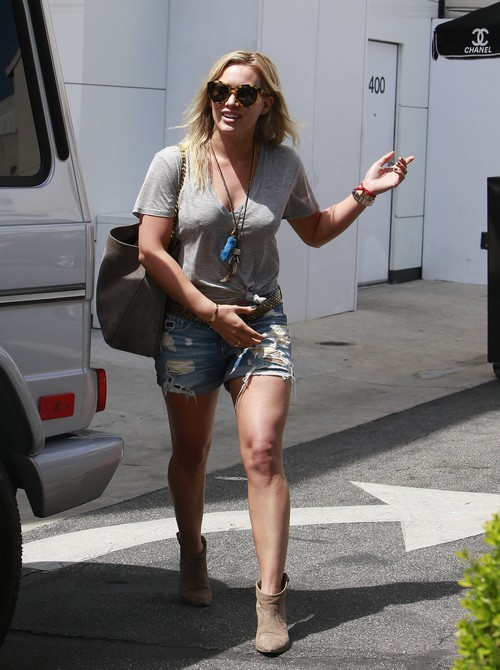Hilary Duff and Mike Comrie's Divorce Cancelled - They're Totally Back Together (PHOTOS)