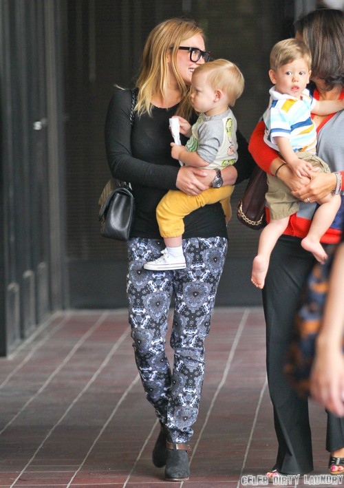 Hilary Duff Baby Weight Took A Year To Lose (PHOTOS)