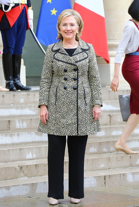 Hillary Clinton Allegedly Prepares For 2016 Presidential Campaign In NYC: Leases Office Space For 2 Years - She's Ready To Go!