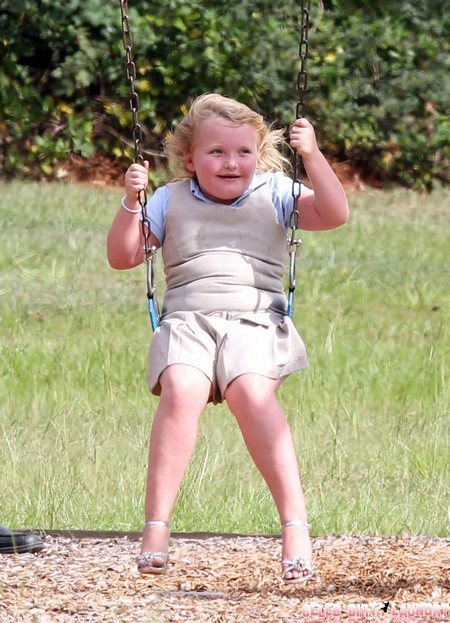 Kris Jenner Wants To Manage Honey Boo Boo - What Will Mama Boo Boo June Shannon Say?