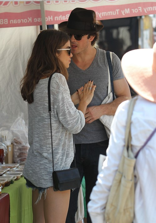 Ian Somerhalder and Nikki Reed PDA At Teen Choice Awards - Revenge on Nina Dobrev For Her Flings?