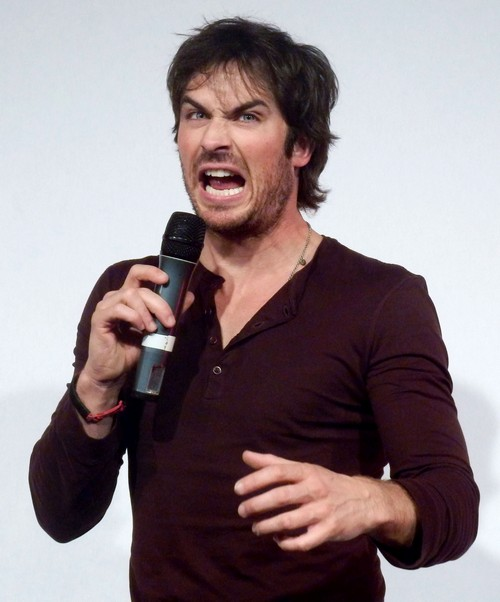 Nina Dobrev and Ian Somerhalder Dating and Hooking-Up: Ian Quits Vampire Diaries Otherwise? (PHOTOS)
