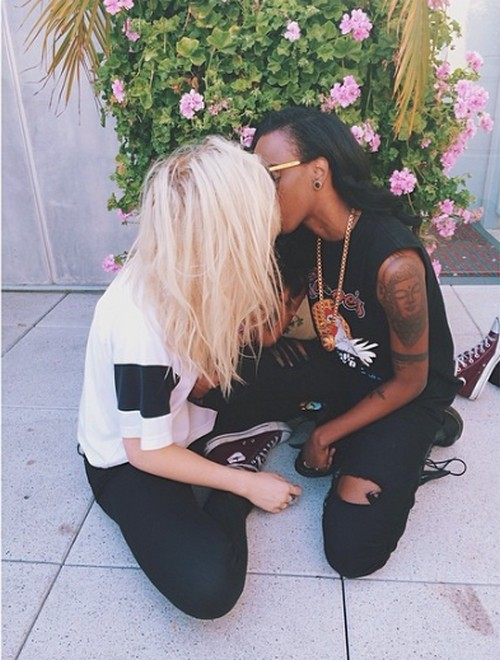 Ireland Baldwin and Bi-Sexual Female Rapper Angel Haze Kissing Make Out Session (PHOTO)