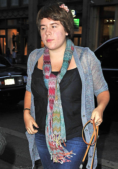 Isabella Cruise Splits From Eddie Frencher - Holidays In Italy Without Boyfriend (PHOTOS)
