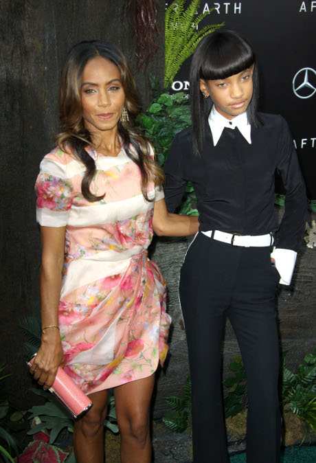 Jada Pinkett Smith Won't Leave Gay Will Smith: Terrified of Scientology Church Backlash!
