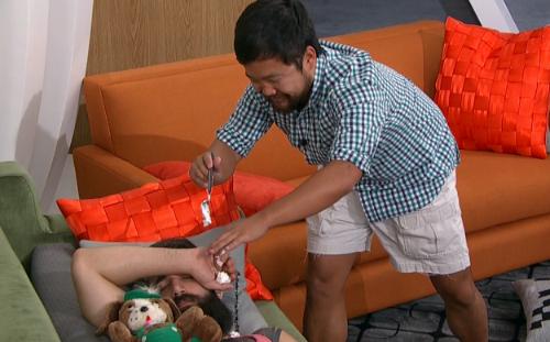 Big Brother 18 Spoilers: James Runs Pranks – Paulie Explores Multiple Showmances – Newbies Remain Clueless - Jozea Asks Who's Zingbot?