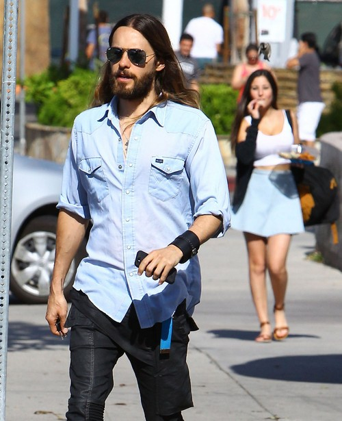 Jared Leto Cheating on Girlfriend Dimphy Janse: Caught on Camera With Mystery Girl (PHOTOS)