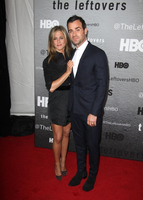 Jennifer Aniston and Justin Theroux NOT Getting Married - No Wedding Plans - Living Separately