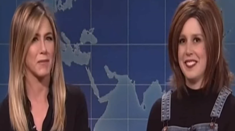 Jennifer Aniston Crashes 'SNL' To Stop Vanessa Bayer's Rachel Impression