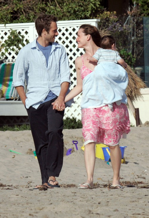 Jennifer garner dating rebound with boyfriend michael vartan after ben