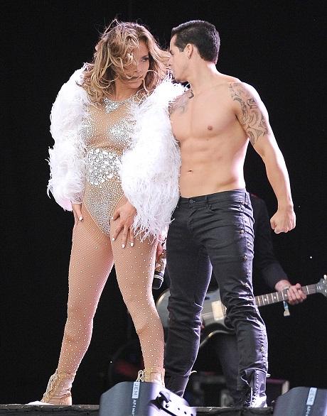 Jennifer Lopez and Casper Smart Split Destroys J Lo - Bows Out Of World Cup Performance!