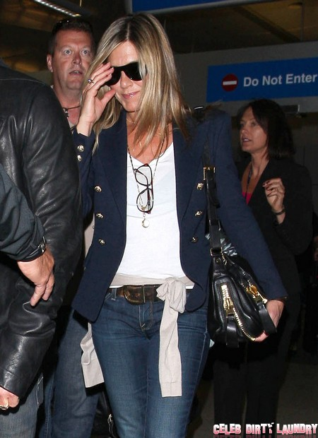 Jennifer Aniston Is A Stale Embarrassment – Having A Bad Hair Decade