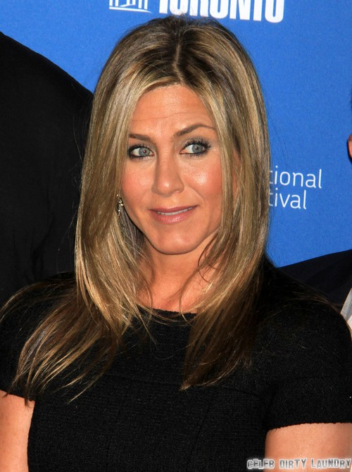 Jennifer Aniston Baby Dreams: Trying To Get Pregnant Past Two Years - Time To Adopt