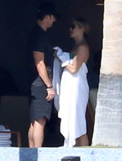 Jennifer Aniston And Justin Theroux Split Up - AGAIN