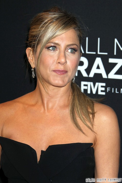 Jennifer Aniston & Justin Theroux Marriage Off: Justin Used Jen For Career Boost Now Has Cold Feet