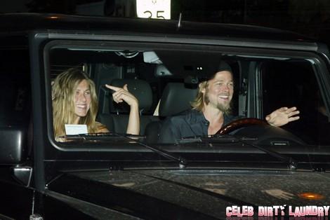 Jennifer Aniston's Miscarriage Makes Angelina Jolie Walk Out On Brad Pitt - Report