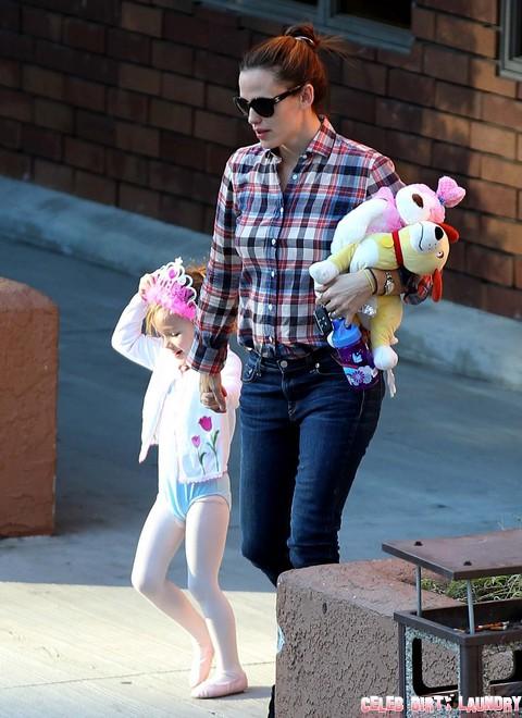 Jennifer Garner Pregnant: Baby Bump Means Ben Affleck Wants Four Children - Report
