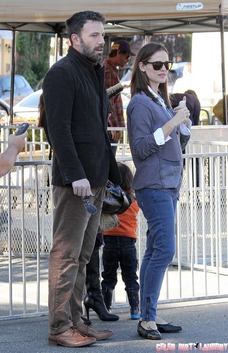 "Jennifer Garner Reacts To Kristen Stewart and Ben Affleck's Hot Date and ""Focus"" Plans"