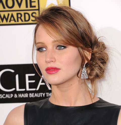 Jennifer Lawrence Breaks Up With Nicholas Hoult – Robert Pattinson Next?