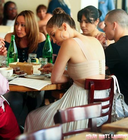 Report: Jennifer Lopez Admits To Spying On Casper Smart