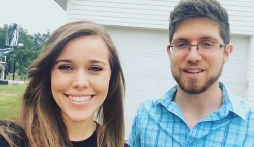 Jessa Duggar Pregnant: Zika Virus Fears, Jill Duggar Jealous Over Baby Announcement