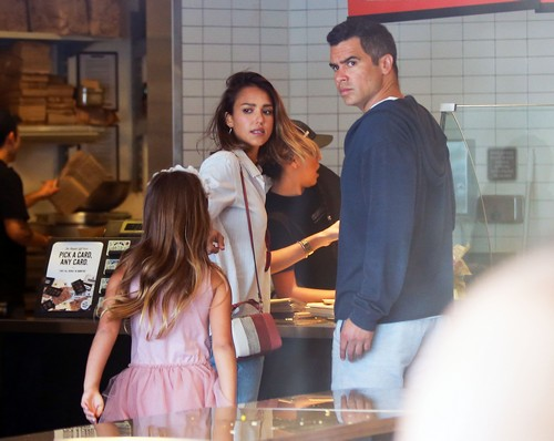 Jessica Alba and Cash Warren Divorce Looms as Marriage Strained By Recent Lawsuits: Fighting Over Honest Company?