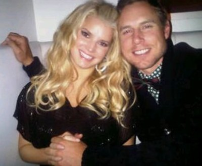 Jessica Simpson To Marry Eric Johnson On New Year's Eve?