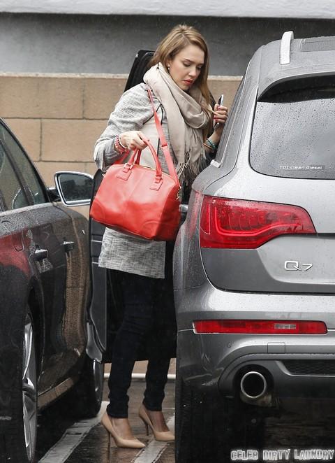 Jessica Alba S Stroke Scare Celeb Dirty Laundry