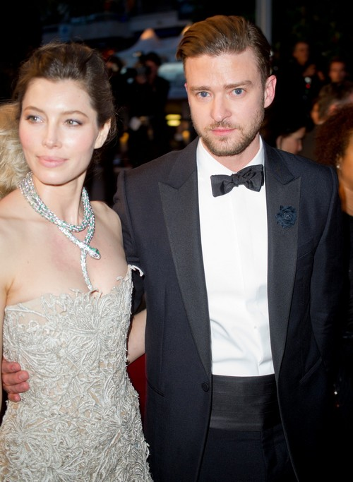 Justin Timberlake's Mother Confirms Jessica Biel Marriage Trouble On Facebook - Trial Separation?