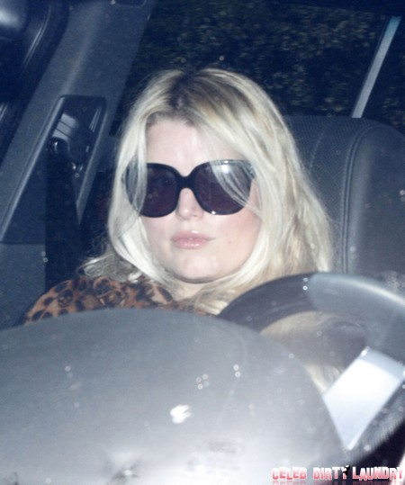 Jessica Simpson Breaks Weight Watcher's Contract – She Can't Get Under 180 Pounds