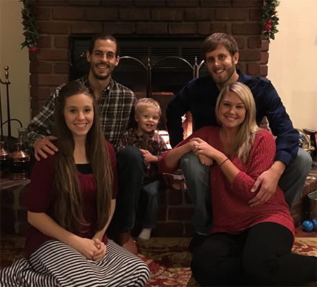 Jill Duggar Pregnant: Jill And Husband Derick Dillard Expecting Second Child, Hope News Will Rake In Cash?