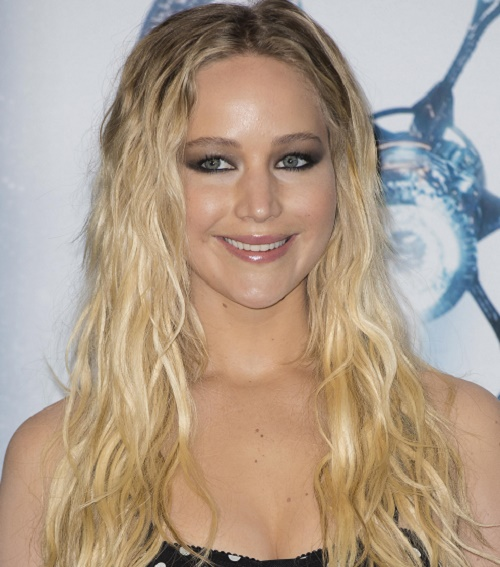 Jennifer Lawrence And Darren Aronofsky Spotted On Movie Date Amid Breakup Rumors
