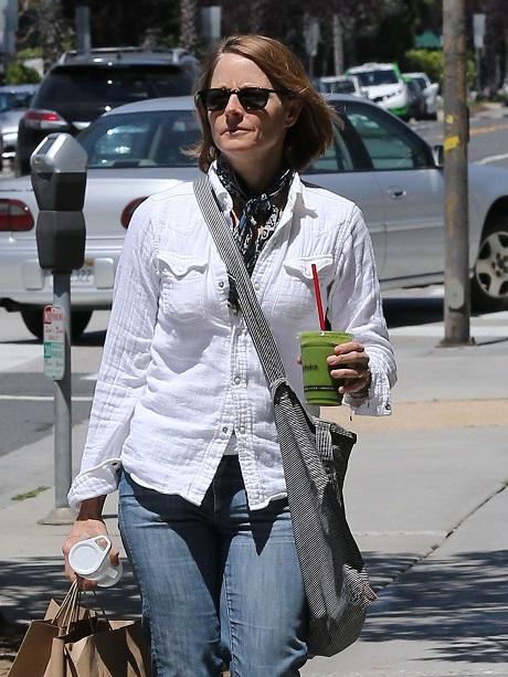 Ellen DeGeneres Hates Jodie Foster: Jealous of Alexandra Hedison Marriage?