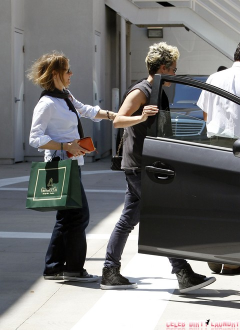 Exclusive... Jodie Foster Take Cydney To Carroll & Co.