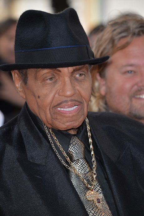 Michael Jackson's Father Joe Jackson Despised By Entire Family - They Want Nothing To Do With The Horrible Man!