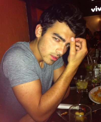 Joe Jonas Cheating On Ashley Greene In Brazil?