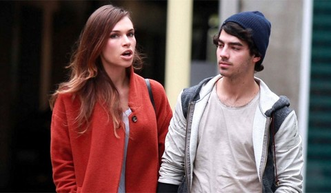 Joe Jonas Opens Up About Blanda Eggenschwiler Sex Tape and Marriage (VIDEO)