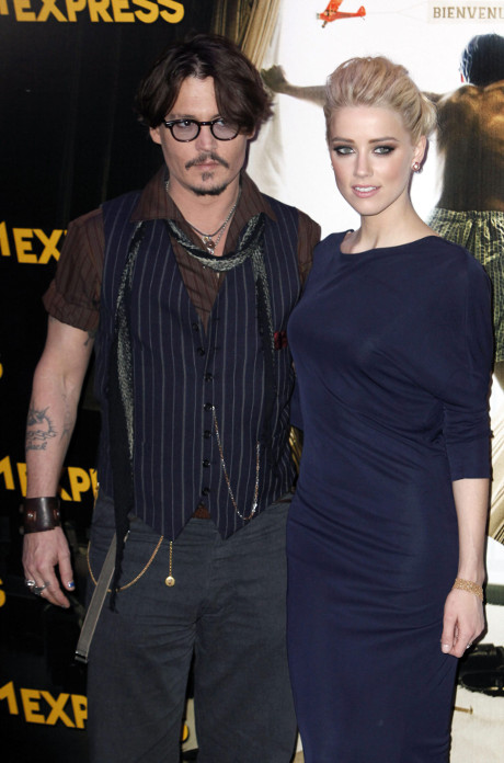 Vanessa Paradis Struck with Jealousy as Ex Johnny Depp & Amber Heard Play with her Children in Tokyo?