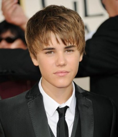 justin-bieber-red-carpet