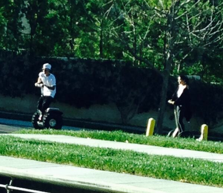 Justin Bieber And Selena Gomez Segway Date: Spotted Hanging Out Together (PHOTOS)
