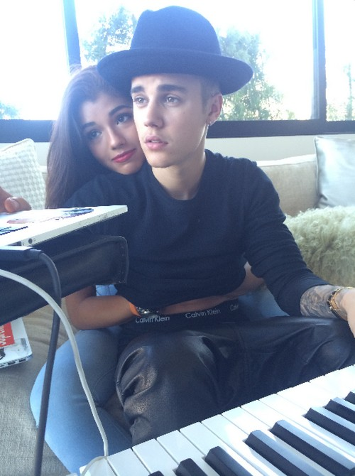 Selena Gomez Furious as Justin Bieber Gets Close To Yovanna Ventura (PHOTOS)