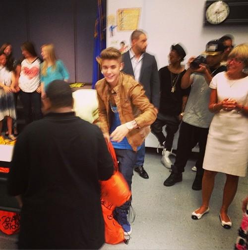Justin Bieber Elementary Celeb Dirty Laundry