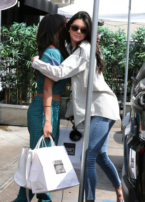 Kendall Jenner Hooking Up With Justin Bieber: Cheating On BFF Selena Gomez's Man?